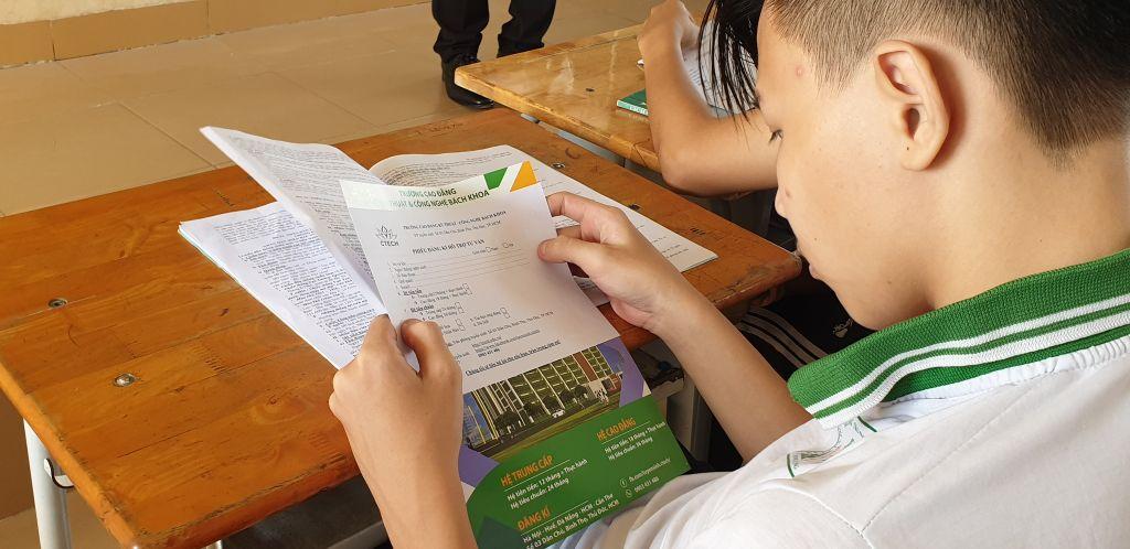 Bộ GD-ĐT công bố đề thi tham khảo cho kỳ thi tốt nghiệp THPT năm 2021