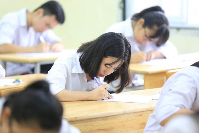 Chính thức: Tổ chức kỳ thi tốt nghiệp THPT 2021 thành 2 đợt
